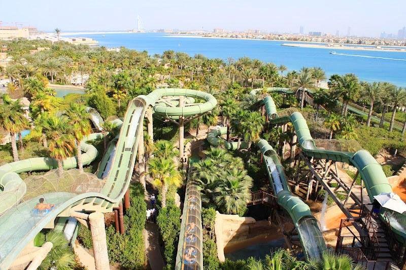 هنگام مسافرت به دبي در ماه رمضان پارک آبی آکواونچر (Aquaventure) خلوت است.