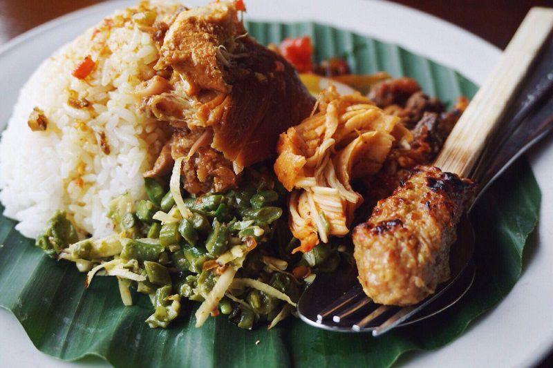 ناسی آیام از لذیذترین غذاهای سنتی بالی