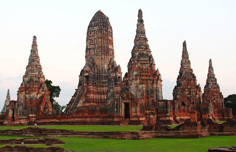 در مسافرت به تايلند می توانید با تاریخ تایلند آشنا شوید.