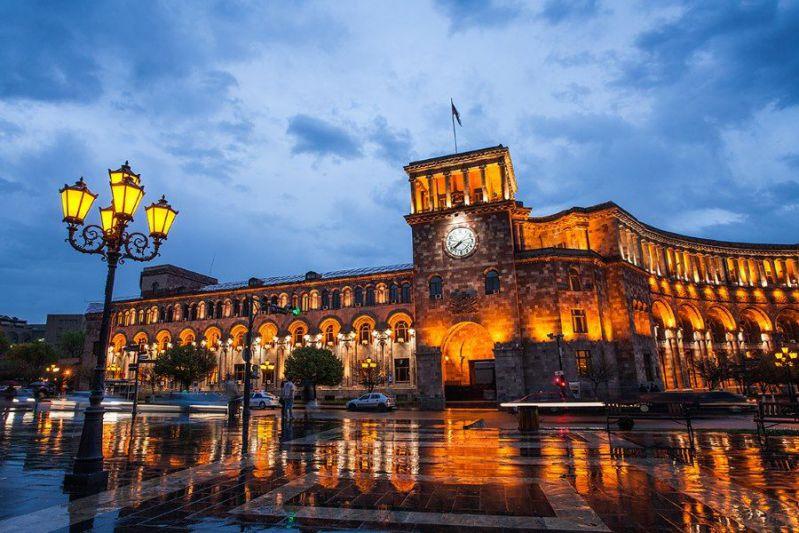 میدان جمهوری از زیباترین جاهای دیدنی صربستان