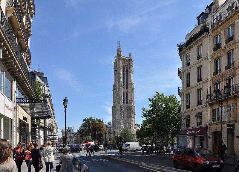 میدان شاتله از جاذبه های گردشگری پاریس با عکس