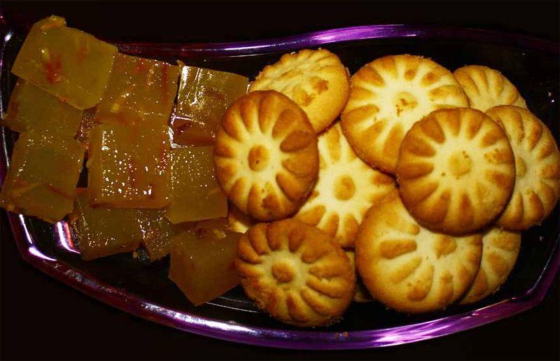 کلوچه شیرازی - طعم خوش سوغات شیراز در تهران