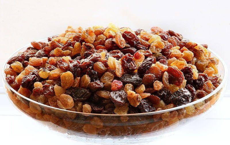 کشمش یکی از سوغات ایرانی محسوب می شود.