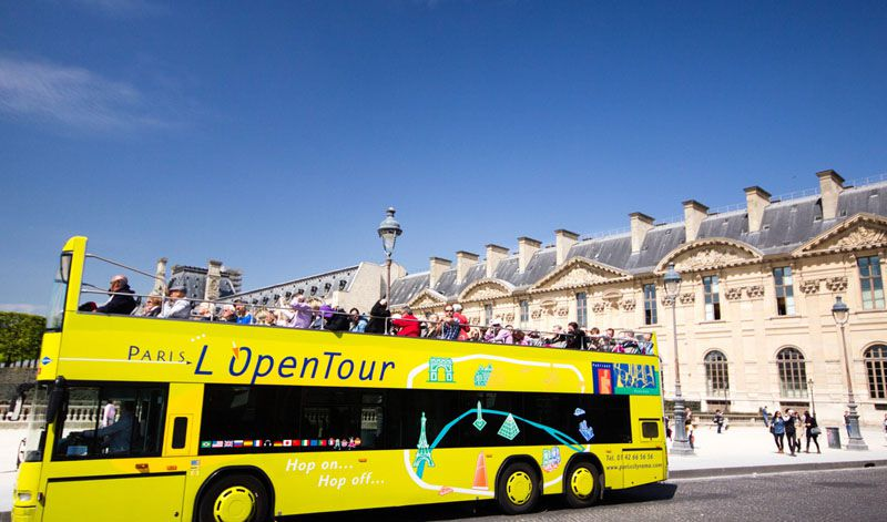 با اتوبوس گردشگری به استقبال جاهای دیدنی پاریس با عکس بروید.