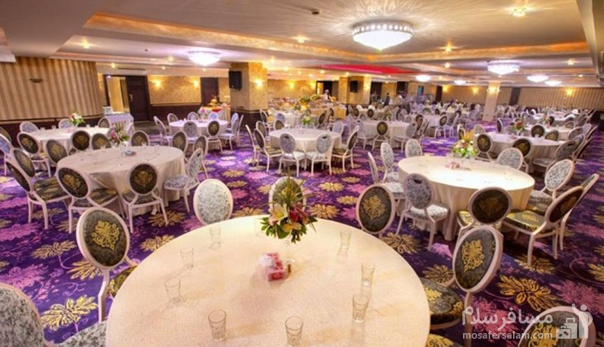 تالار عروسی هتل اسپیناس, هتل اسپیناس پالاس تهران