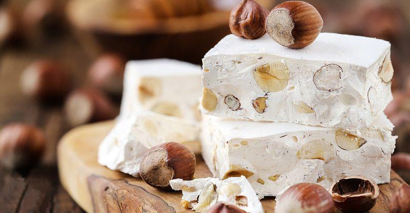 به عقیده بسیاری سوغات تبریز نوقا است و بس!