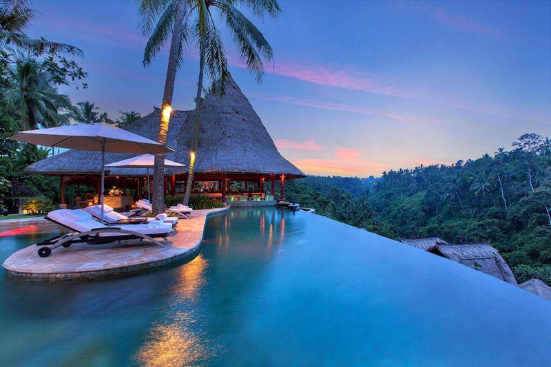 راهنمای سفر به جزیره بالی اندونزی, اماکن و جاهای دیدنی,غذاهای محلی +عکس