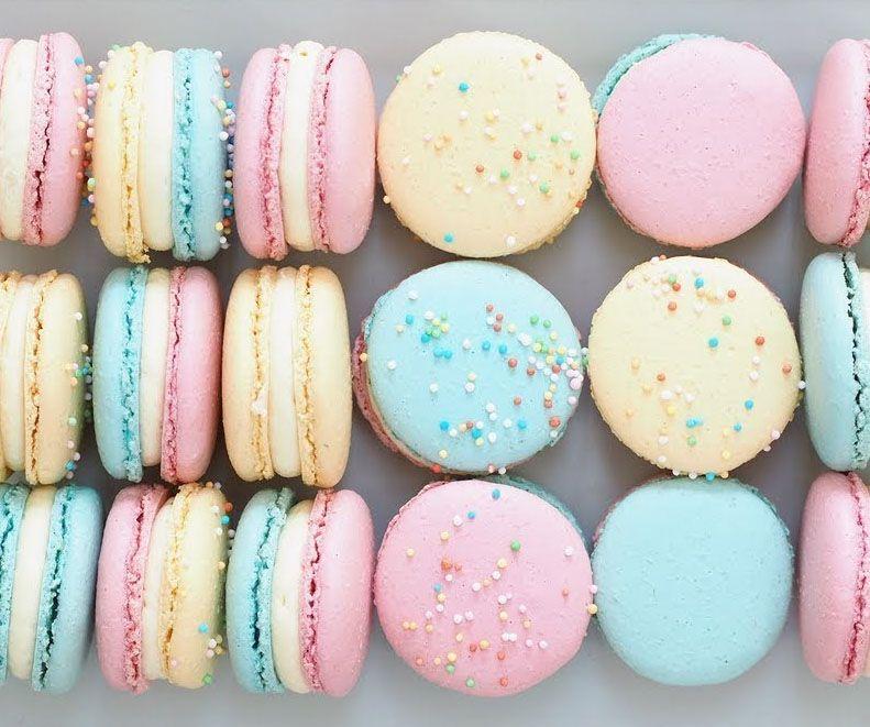 شیرینی ماکرون پاریس در دنیا لنگه ندارد!
