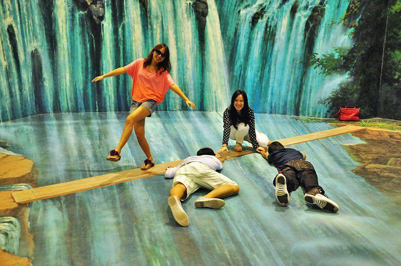 نقاشی های گالری هنر در بهشت پاتایا - راهنمای سفر به تایلند پاتایا