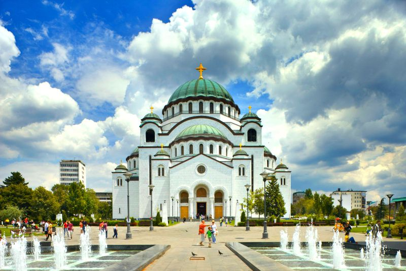 کلیسای سنت ساوا از جاهایی است که در سفر به صربستان و مونته نگرو باید دید.