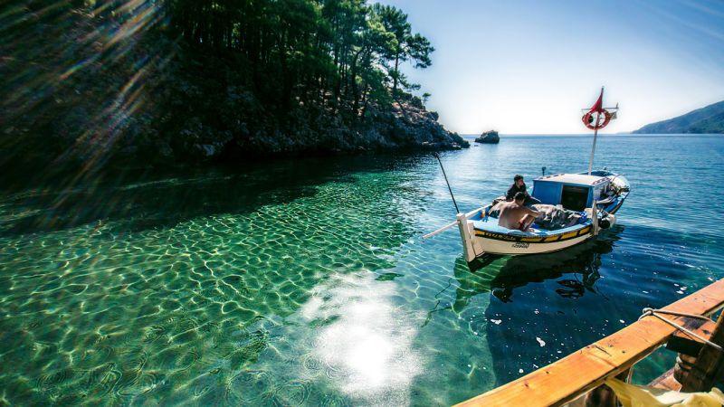 قایق سواری - جاهای دیدنی شهر آنتالیا