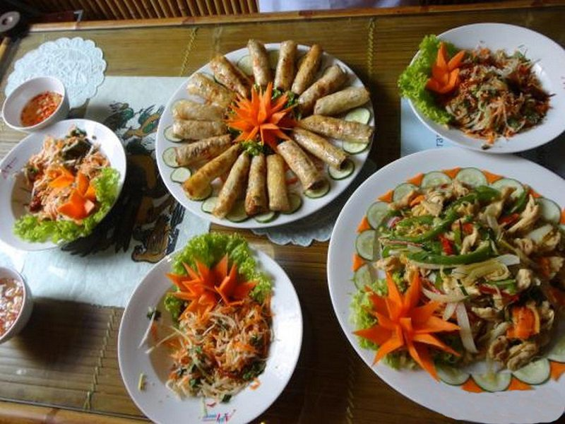 با نوش جان کردن غذاهای محلی خاطرات سفر به بالی هرگز از یاد و خاطرتان نخواهد رفت!