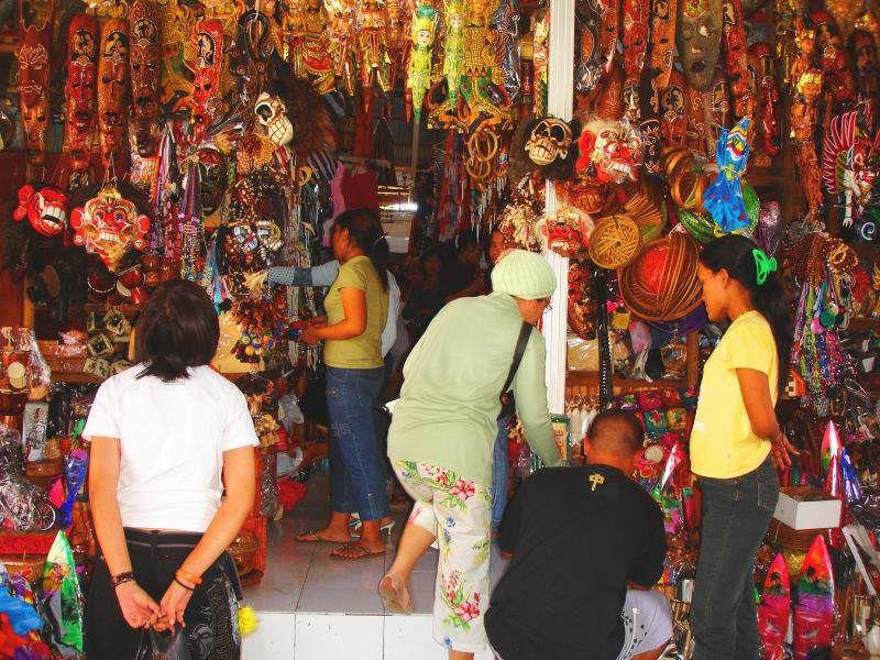 برای خرید در اندونزی باید چانه بزنید - راهنمای سفر به بالی