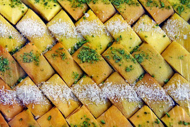 سوغات شیراز چیست؟ از یوخه و مسقطی تا صنایع دستی و کلوچه شیرازی +عکس