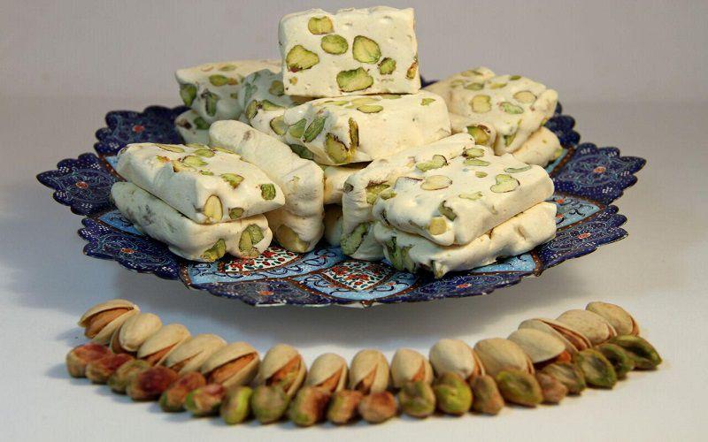 بسیاری گز و سوهان را سوغات ایران زمین می دانند.