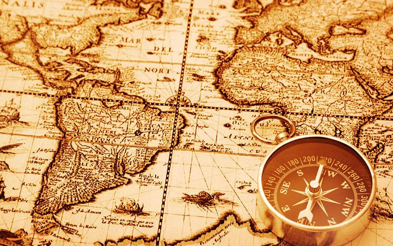 دلیل اصلی نشان دادن جهت شمال در بالای نقشه ها